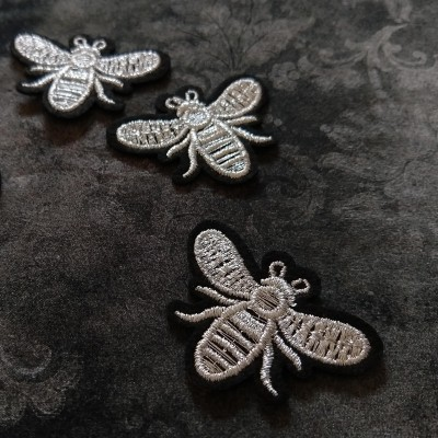 Silitysmerkki mehiläinen, hopea